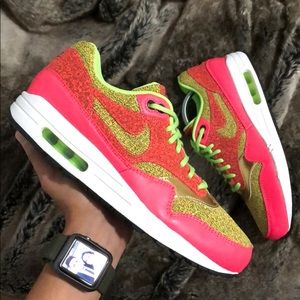 New Women's 10 air max 1 SE Ghost Green / Fantome